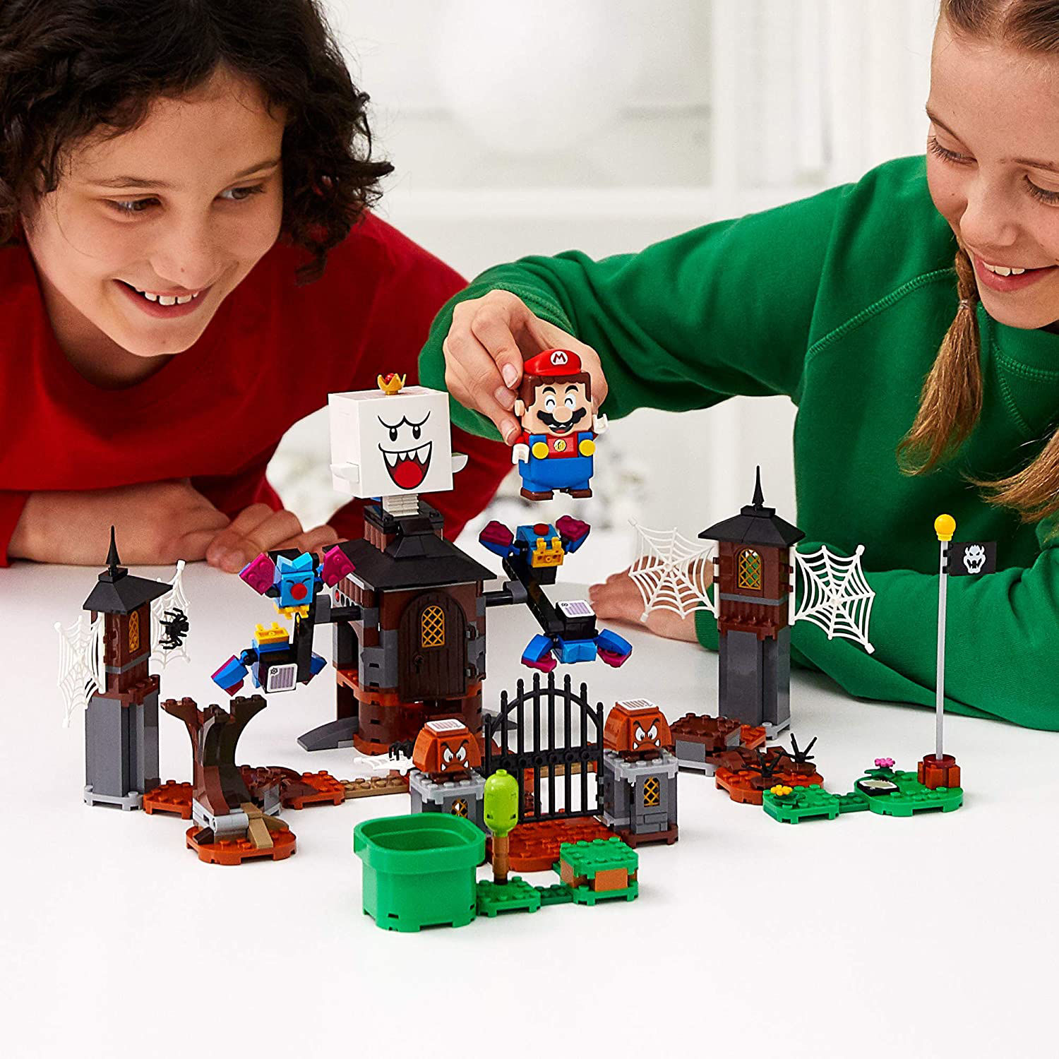 Lego King Boo and the Haunted Yard Expansion Set  71377